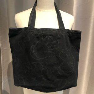 KAWS x Uniqlo Hands Tote Bag Black